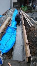 天気を見極める職人「Y邸のブロック塀作り」3
