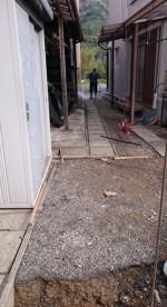側溝の掃除「Y邸のブロック塀作り」5