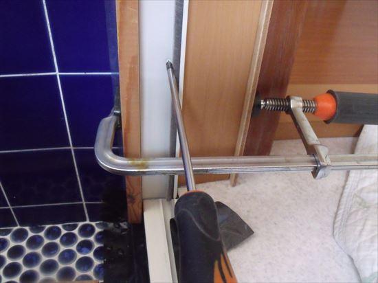 DIYで浴室ドアのリフォーム4・・・障子の吊込み