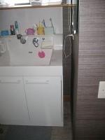 洗面台と壁との隙間「端材の活用」Ⅱ1